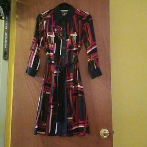 DIANE von Furstenberg Bottom Down Dress Size 4